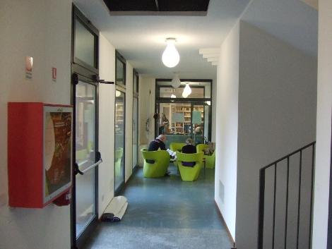 Corridoio biblioteca Usmate